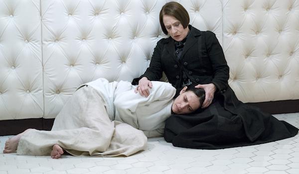 Eva Green Patti LuPone Penny Dreadful Season 3 Episode 3