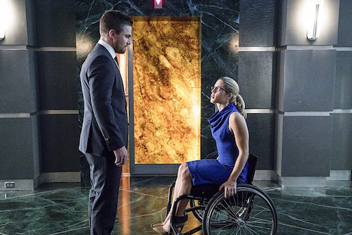 Stephen Amell Emily Bett Rickards Unchained Arrow