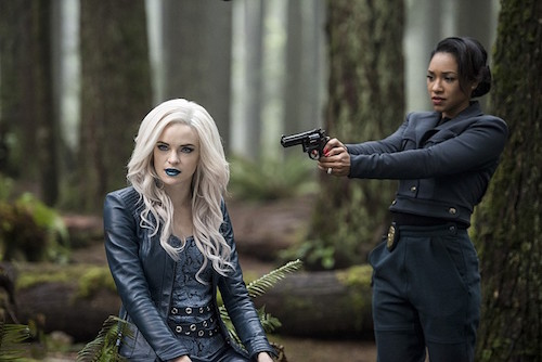 Danielle Panabaker Candice Patton Escape From Earth-2 The Flash