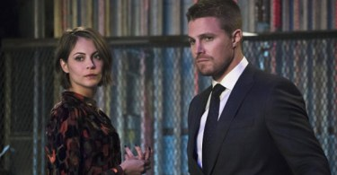 Willa Holland Stephen Amell Arrow Code of Silence