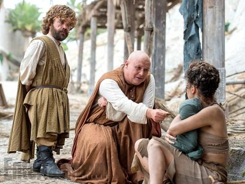 Peter Dinklage Conleth Hill Game of Thrones Season 6