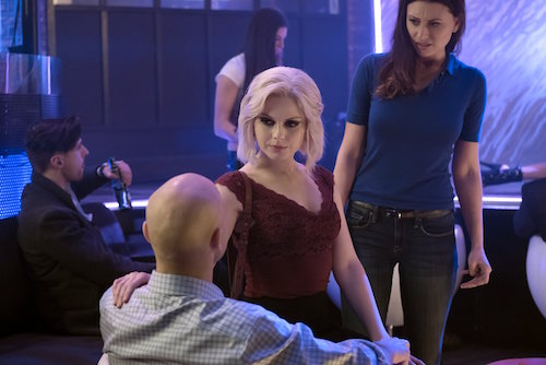 Rose McIver Aly Michalka Pour Some Sugar, Zombie iZombie