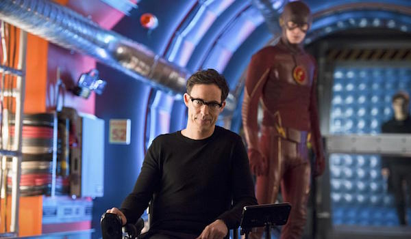 Tom Cavanagh Grant Gustin Flash Back The Flash