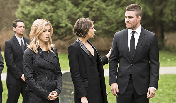 Emily Bett Rickards Willa Holland Stephen Amell Arrow Canary Cry