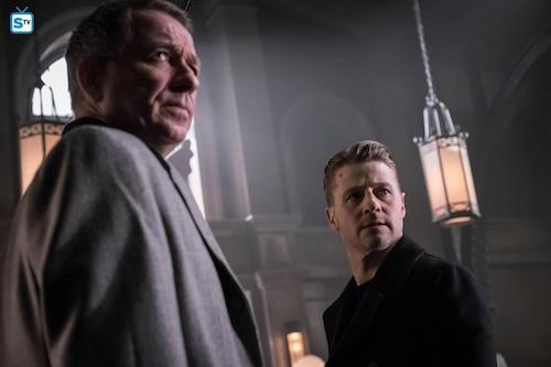 Sean Pertwee Ben McKenzie Pinewood Gotham