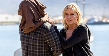 Kim Dickens Fear The Walking Dead Captive
