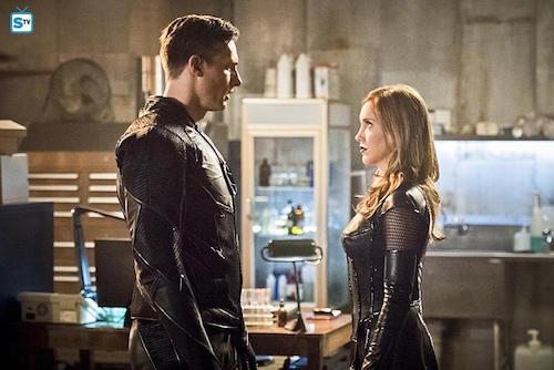 Teddy Sears Katie Cassidy Invincible The Flash