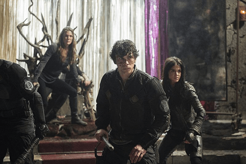 Bob Morley Marie Avgeropoulos Paige Turco The 100 Perverse Instantiation Part Two