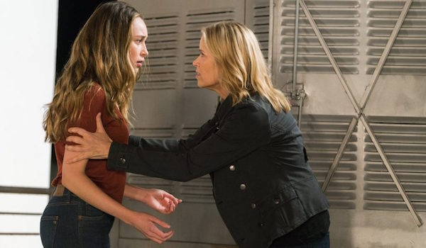 Alycia Debnam Carey Kim Dickens Pillar of Salt Fear The Walking Dead