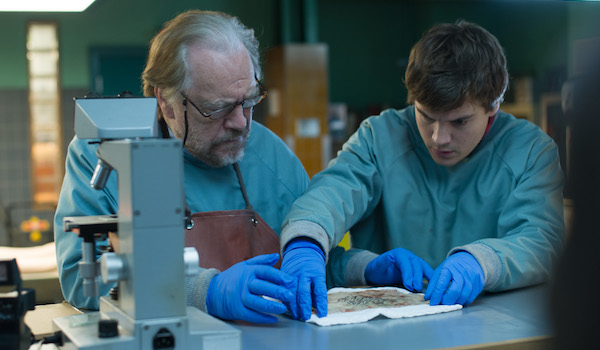 Emile Hirsch Brian Cox The Autopsy of Jane Doe