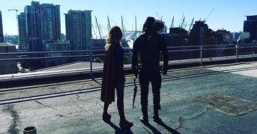 Supergirl Arrow Twitter