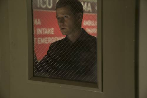 Ben McKenzie Follow The White Rabbit Gotham