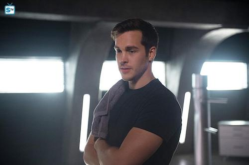 Chris Wood Survivors Supergirl