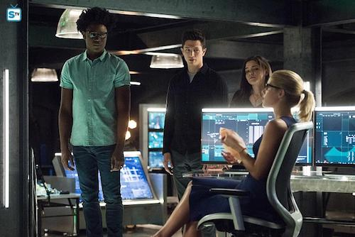 Echo Kellum Joe Dinicol Madison McLaughlin Emily Bett Rickards Human Target Arrow