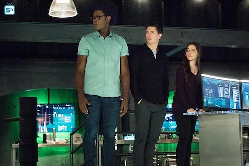 Echo Kellum Joe Dinicol Madison McLaughlin Human Target Arrow