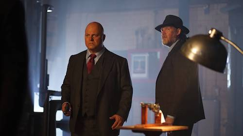 Michael Chiklis Donal Logue Follow The White Rabbit Gotham