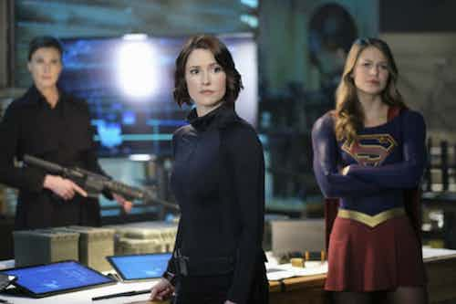 Brenda Strong Chyler Leigh Melissa Benoist Resist Supergirl