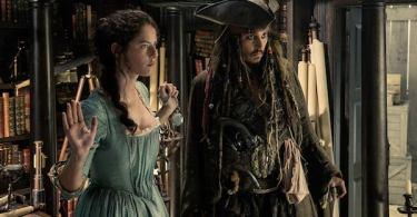 Johnny Depp Kaya Scodelario Pirates of the Caribbean: Dead Men Tell No Tales