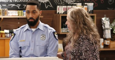Tone Bell Kathy Bates Disjointed