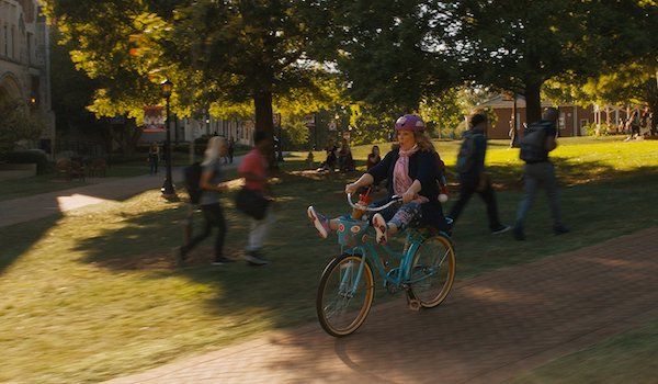 Melissa McCarthy Goes Back to College in Life of the Party Trailer