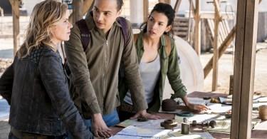 Kim Dickens Frank Dillane Danay Garcia Fear the Walking Dead Season 4 Episode 4
