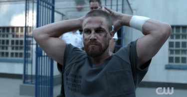 Stephen Amell Prison Arrow Season 7