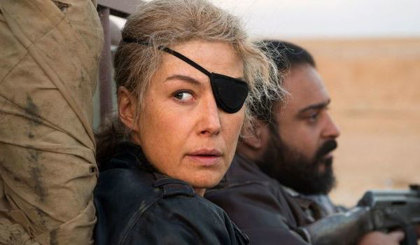 A PRIVATE WAR (2018) Movie Trailer: Rosamund Pike is War Correspondent Marie Colvin