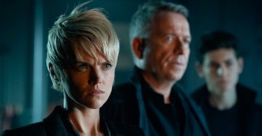 Erin Richards Sean Pertwee David Mazouz Gotham 13 Stitches