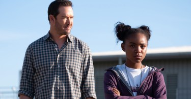 Mark Paul-Gosselaar Saniyya Sidney The Passage I Want To Know What You Taste Like