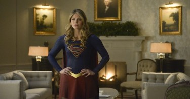 Melissa Benoist Supergirl The Oval Office
