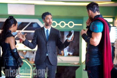 Thor 3 Ragnarok - first look _entertainment weekly