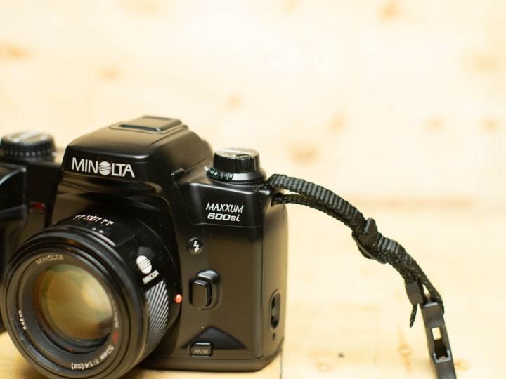 The Minolta Maxxum 600si: I Want to Like This Camera