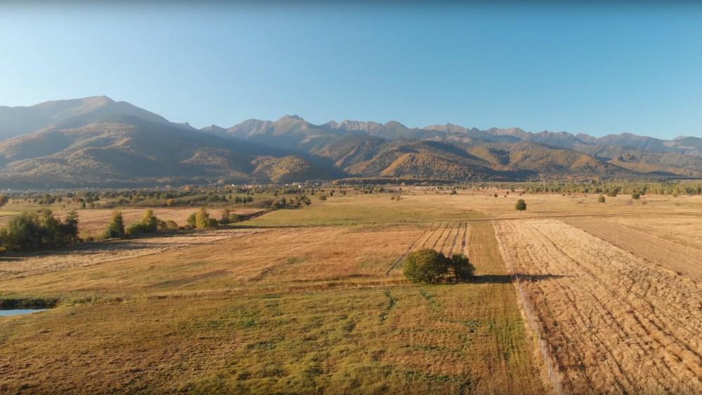 Filmare aeriana teren Sambata de Sus, Manastirea Sambata si imprejurimi
