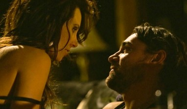 Een spannende scene tussen Venus en Brian