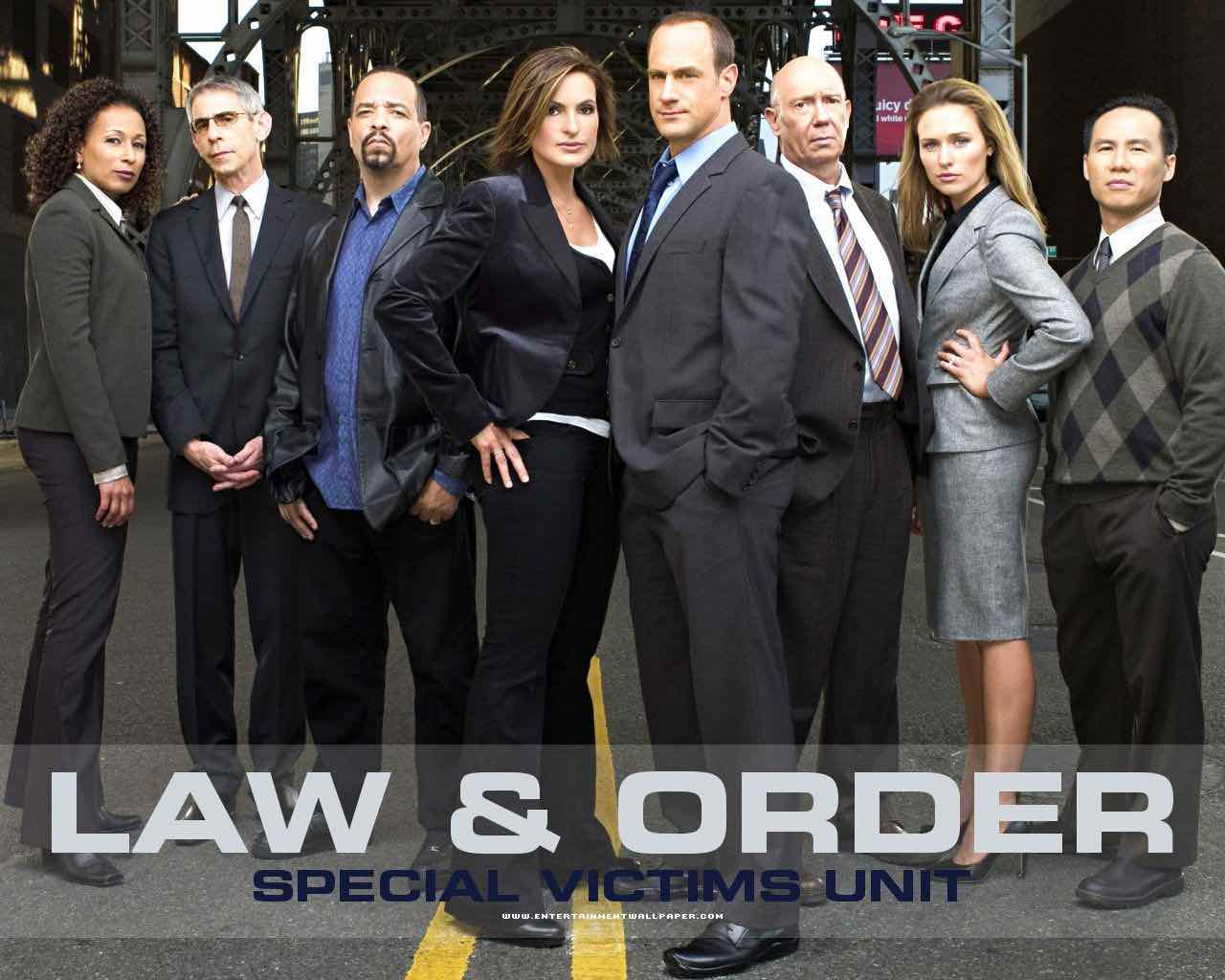 The Original Cast Of Law And Order Svu Is Returning