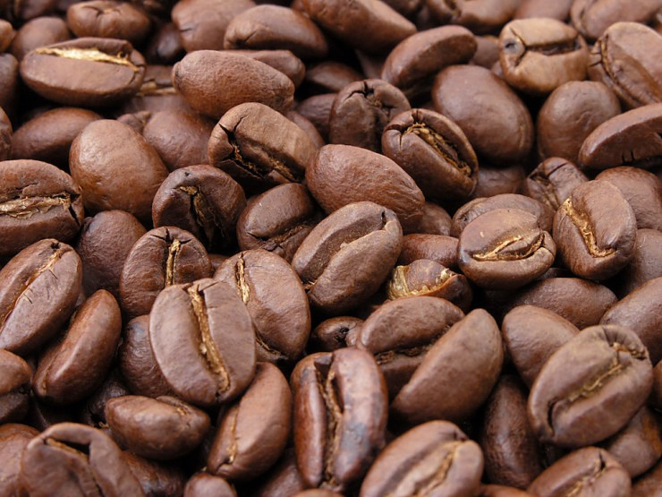 Alt text = coffee beans, Boost metabolism with coffee