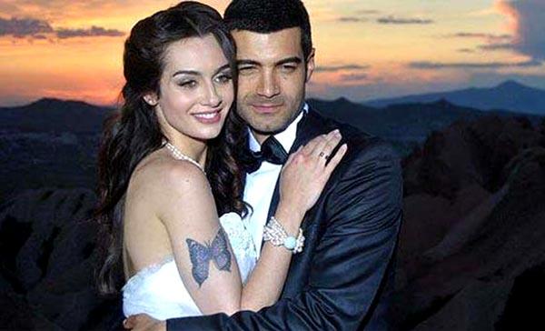 murat-ünalmış-ve-birce-akalay-yer-gök-aşk-setinde-tanışıp-evlendiler