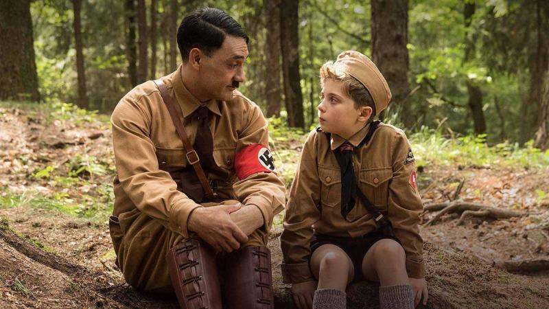 Jojo (Roman Griffin Davis) talks with his imaginary pal version of Adolf Hitler (Taika Waititi)
