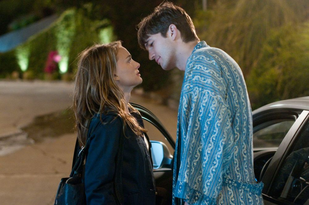 'No Strings Attached' (Movie Review) **