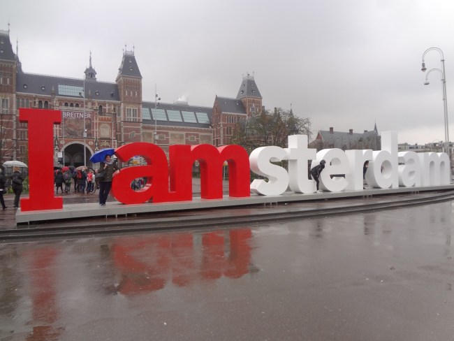 Photo opportunity in front of the Rijksmuseum.