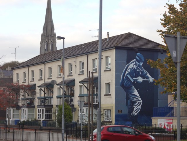 Murals in Derry, Northern Ireland. Photo: filmfantravel.com / Sonja Irani