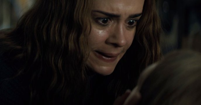 This image has an empty alt attribute; its file name is sarah-paulson-is-a-mom-with-a-freaky-secret-in-run-trailer-1200x630.jpg