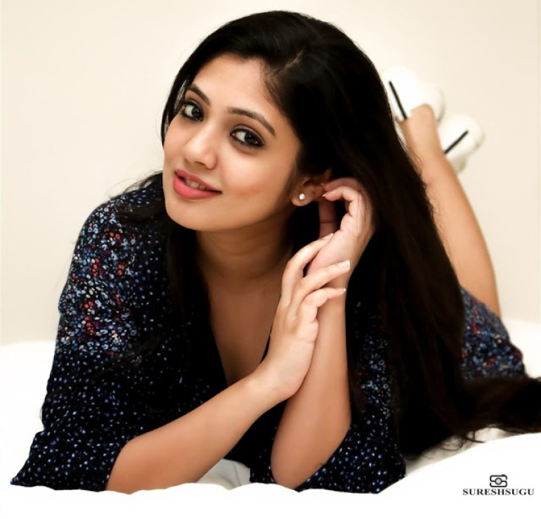 Veena Nandakumar Wiki, Biography and 76+ Gorgeous Photos 102