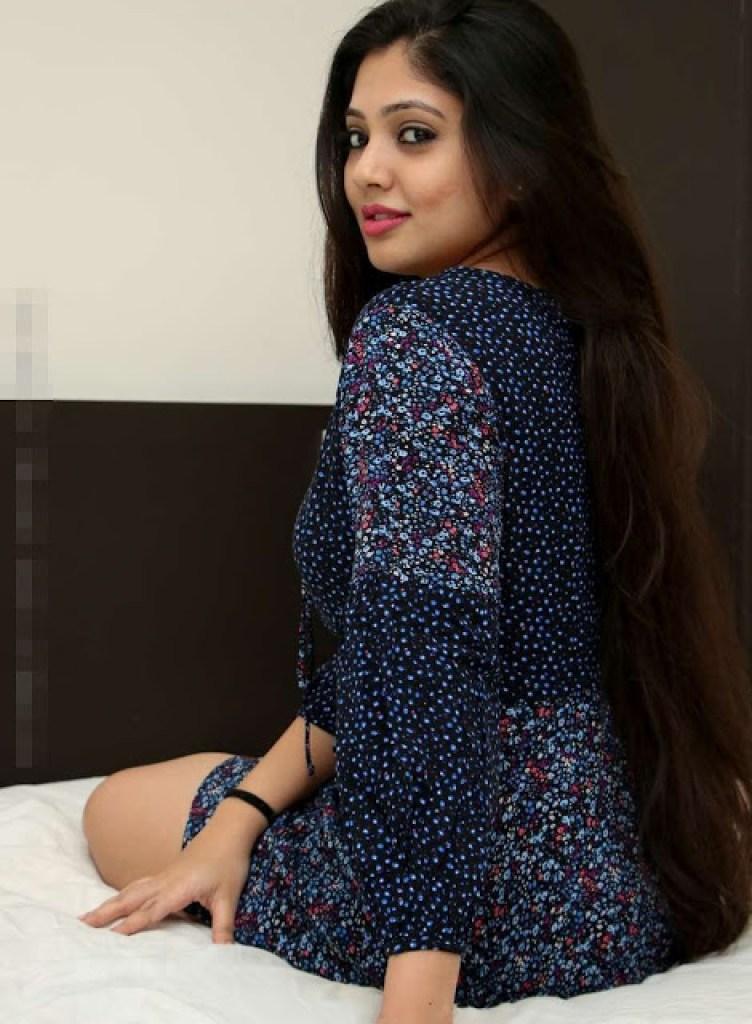 76+ Gorgeous Photos of Veena Nandakumar 40
