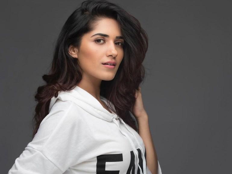 89+ Gorgeous Photos of Ruhani Sharma 131