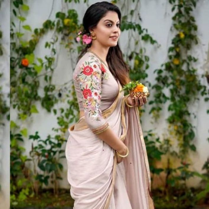Check out this 89+ HD Photos of Anusree 74