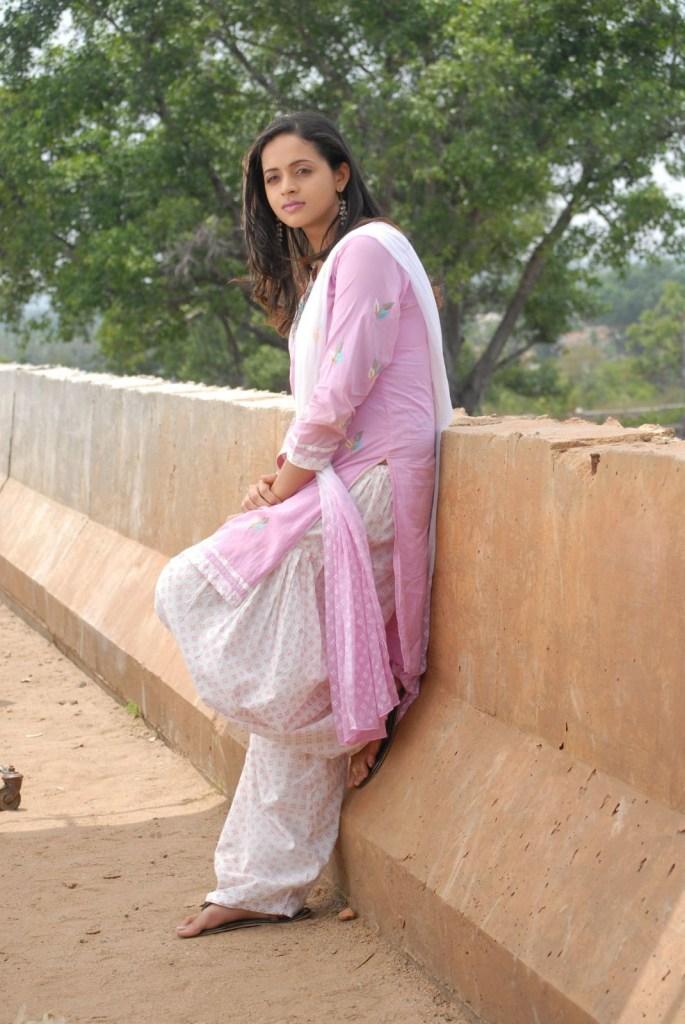 33+ Beautiful Photos of Bhavana 24