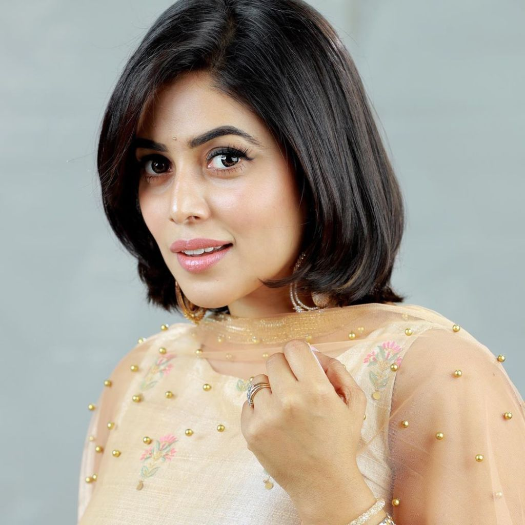 35+ Beautiful Photos of Shamna Kasim 2