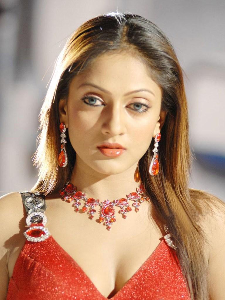 17+ Beautiful Photos of Sheela Kaur 8