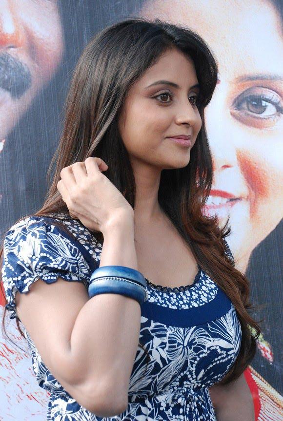 Sunita Varma Beautiful HD Photos 3